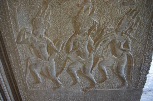 One of the first images that we saw in Angkor Wat - and one that repeated over and over again - the Ankara dancers