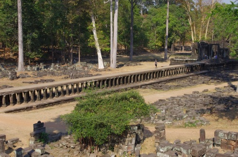 The long walkway to the temple