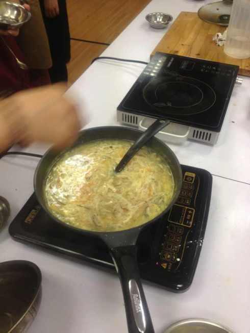A professional egg drop soup